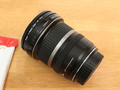 Canon EF-S10-22mm F3.5-4.5 USMズームリングとピントリングは黒っぽくなった