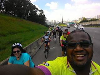 """Pedal rumo ao Pico do Jaraguá realizado pelo clube """"Passeios ciclísticos em São Paulo"""" em abril de 2016"""