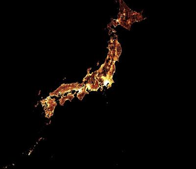 Distribusi jumlah penduduk usia tua (diatas 60 tahun) di Jepang. Gambar tersebut dihasilkan dari gabungan antara gambar satelit dan data sensus. Peta ini sangat bermanfaat bagi organisasi kesehatan ketika melakukan pelayanan dan edukasi tentang kondisi penyakit kronis dan tantangan lain yang dihadapi populasi yang menua.