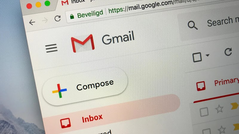 Find the Large Attachments Eating Up Your Gmail Space With a Simple Search