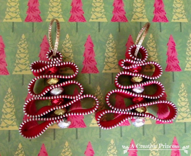 http://acreativeprincess.blogspot.com.es/2012/11/zipper-christmas-ornament.html