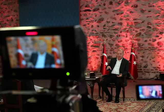 Ο Ερντογάν εξαγγέλλει στόχους και τους υλοποιεί