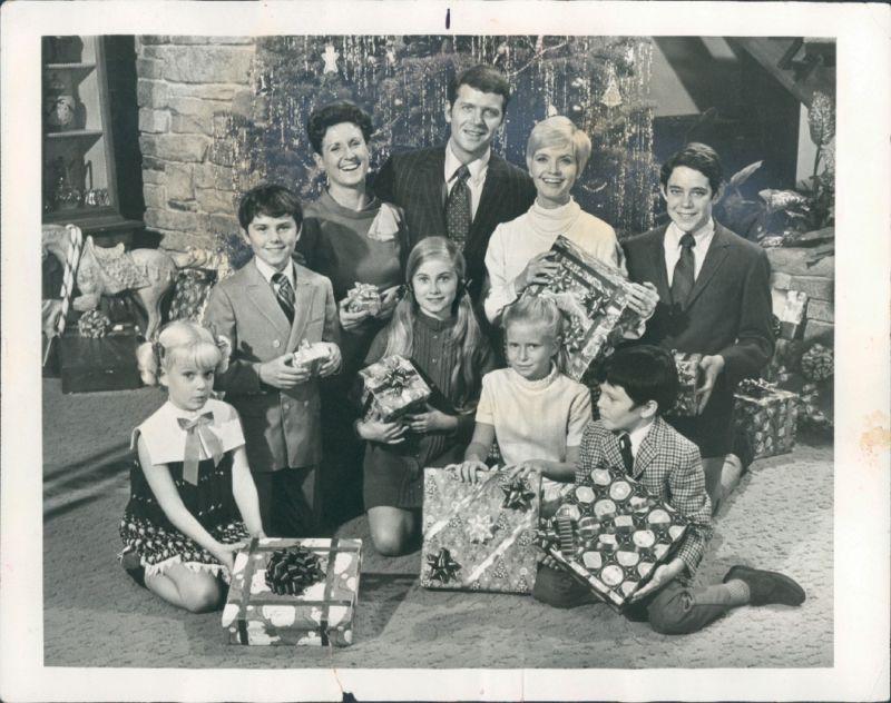 Brady Bunch Christmas.The Brady Bunch Blog The First Very Brady Christmas