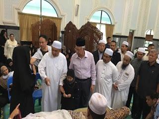 Jenazah Datuk Syed Alman Zain Selamat dikebumikan