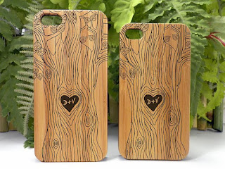 bamboo phone covers from i make the case