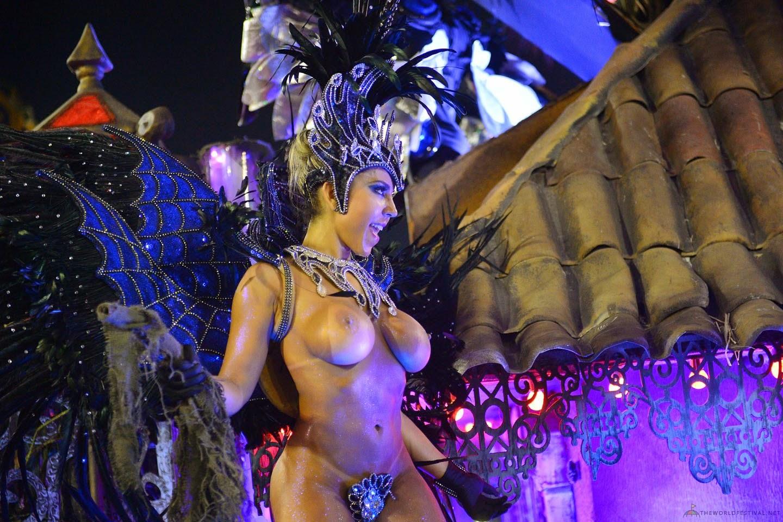 мужчины должен трахают на карнавале даже касаюсь истории