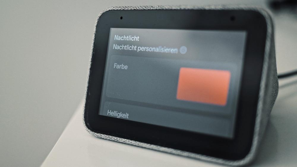 Lenovo Smart Clock | Update mit Nachtlicht-Funktion rollt in Deutschland aus
