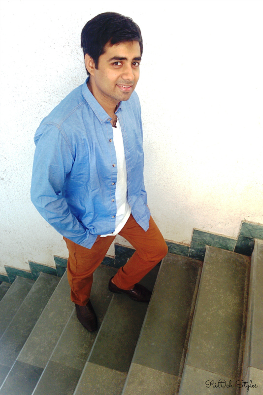 John-players-collection-blue-denim-chambray-shirt-brown-khakhis-white-tshirt-ootd-menswear-ritchstyles