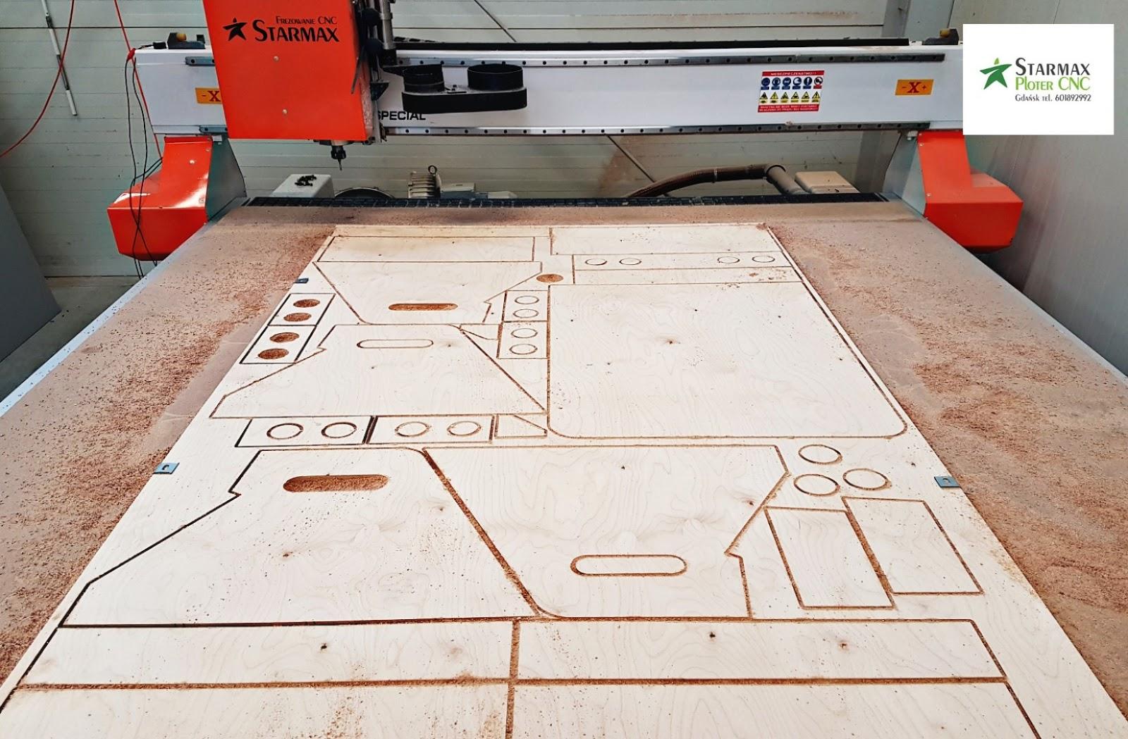 Skärning av träfinér plywood MDF och spånskiva CNC fräs