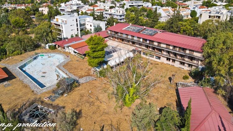 """[Ελλάδα]Grand Chalet: Το εγκαταλελειμμένο ξενοδοχείο """"φάντασμα"""" της Κηφισιάς"""