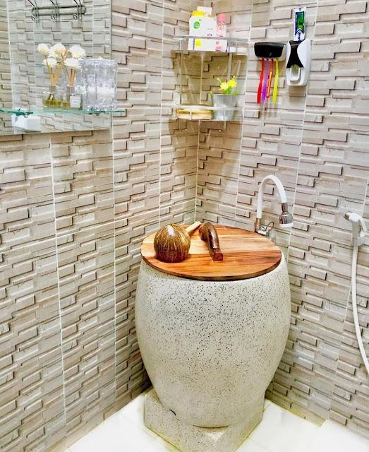 Motif Keramik Kamar Mandi Cantik Berukuran Kecil