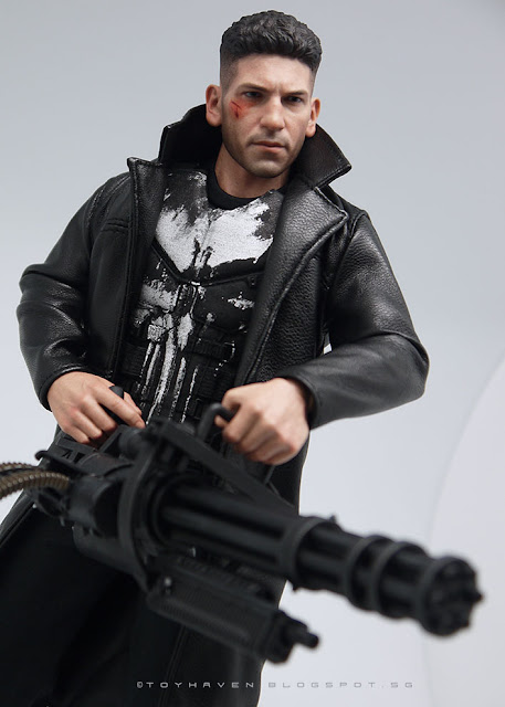 osw.zone Hot Toys Marvel Daredevil 1/6 scale Jon Bernthal as Punisher collector Figure rating 1