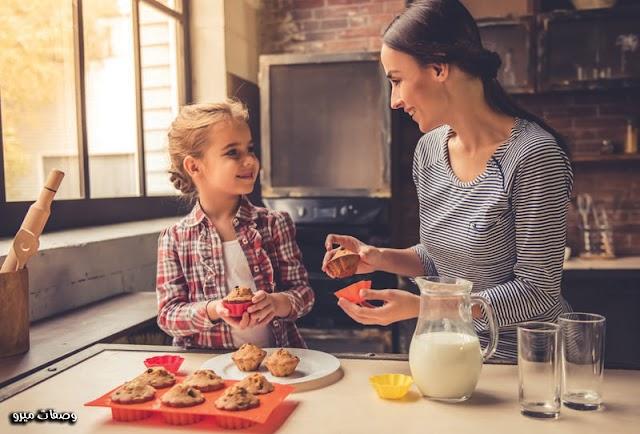 10 طرق بسيطة لتعليم الطفل تزيين الكب كيك