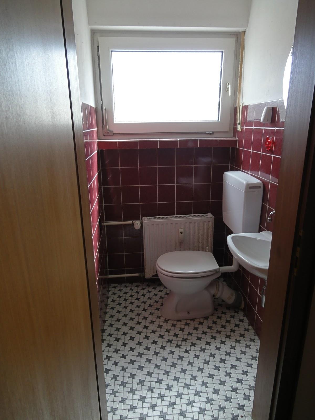 crafts co unser neues heim stiefkind g ste wc. Black Bedroom Furniture Sets. Home Design Ideas
