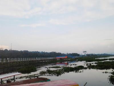 Jembatan Biru Rawa Pening Ambarawa kabupaten Semarang