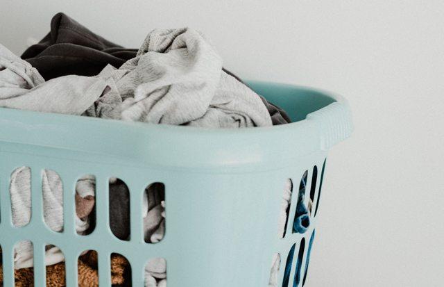Com rentar la roba per desinfectar-la?