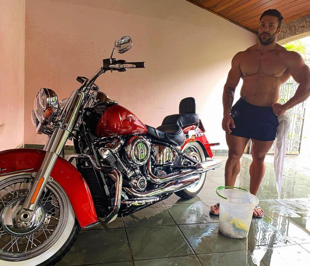 sexy-shirtless-brazilian-beefcake-guys-lucas-fiuza-huge-hot-straight-muscle-hunks-motorcycle