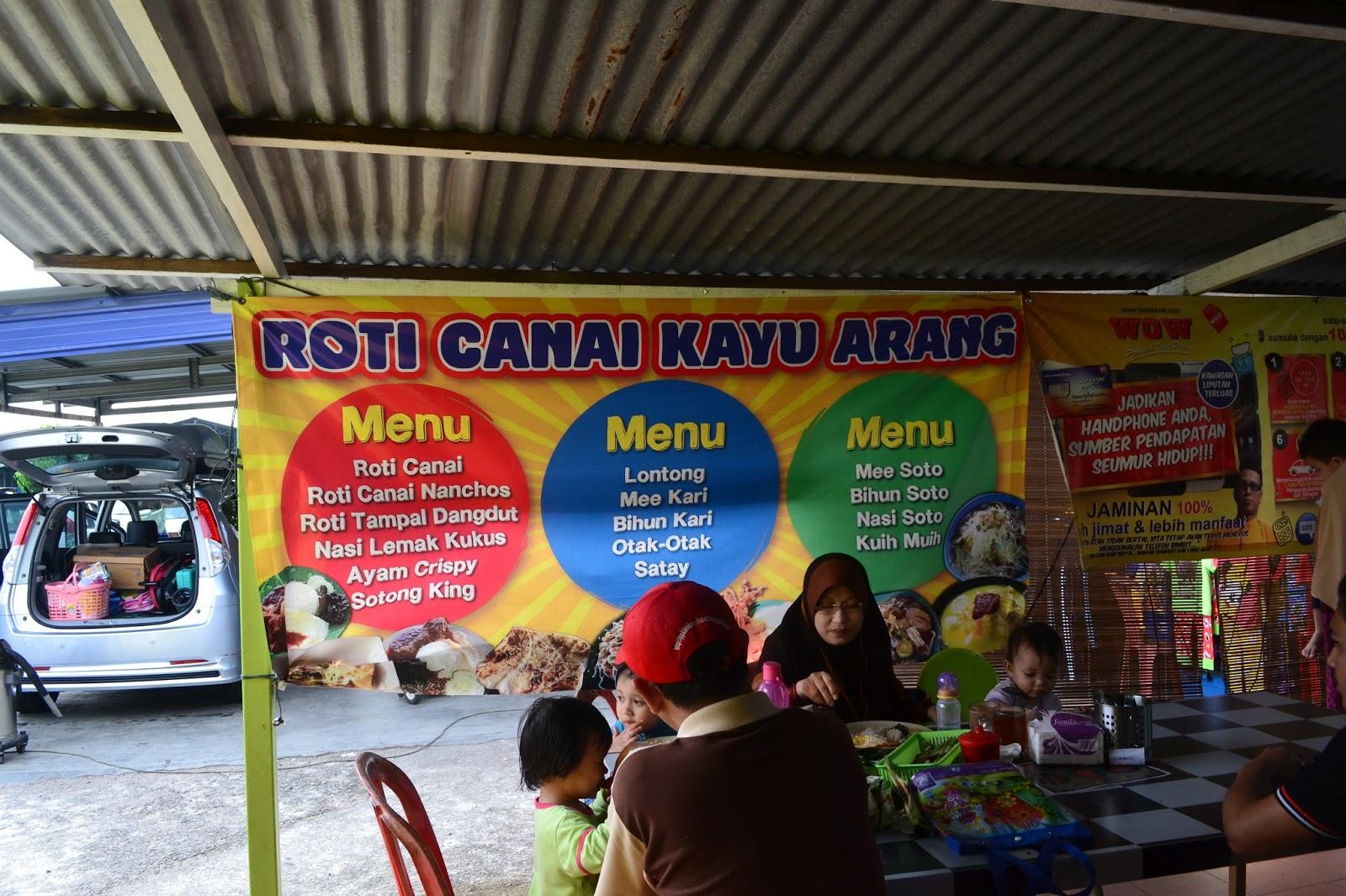 Kami Sampai Kedai Makan Roti Canai Kayu Arang Di Bachang Macam Biasa Waze Banyak Bantu Sepanjang Melaka Mula2 Pelik Jugak