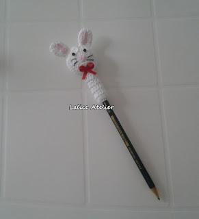 ponteira lápis, ponteira crochê, ponteira coelho, ponteira coelhinho, festa fazendinha, lembrancinha coelho, lembrancinha coelhinho