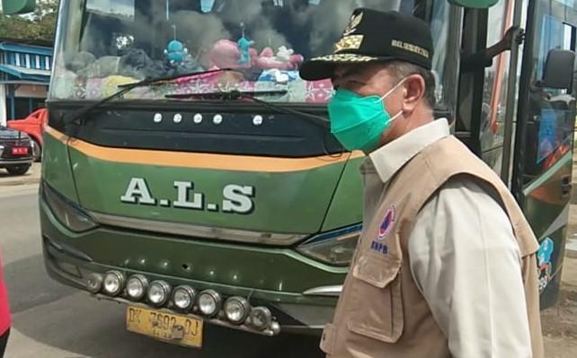 Wakil Gubernur Sumatera Barat Nasrul Abit menyuruh bus ALS balik arah