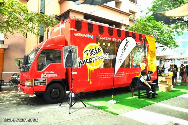Coway Juicepresso Slow Juicer Roadshow