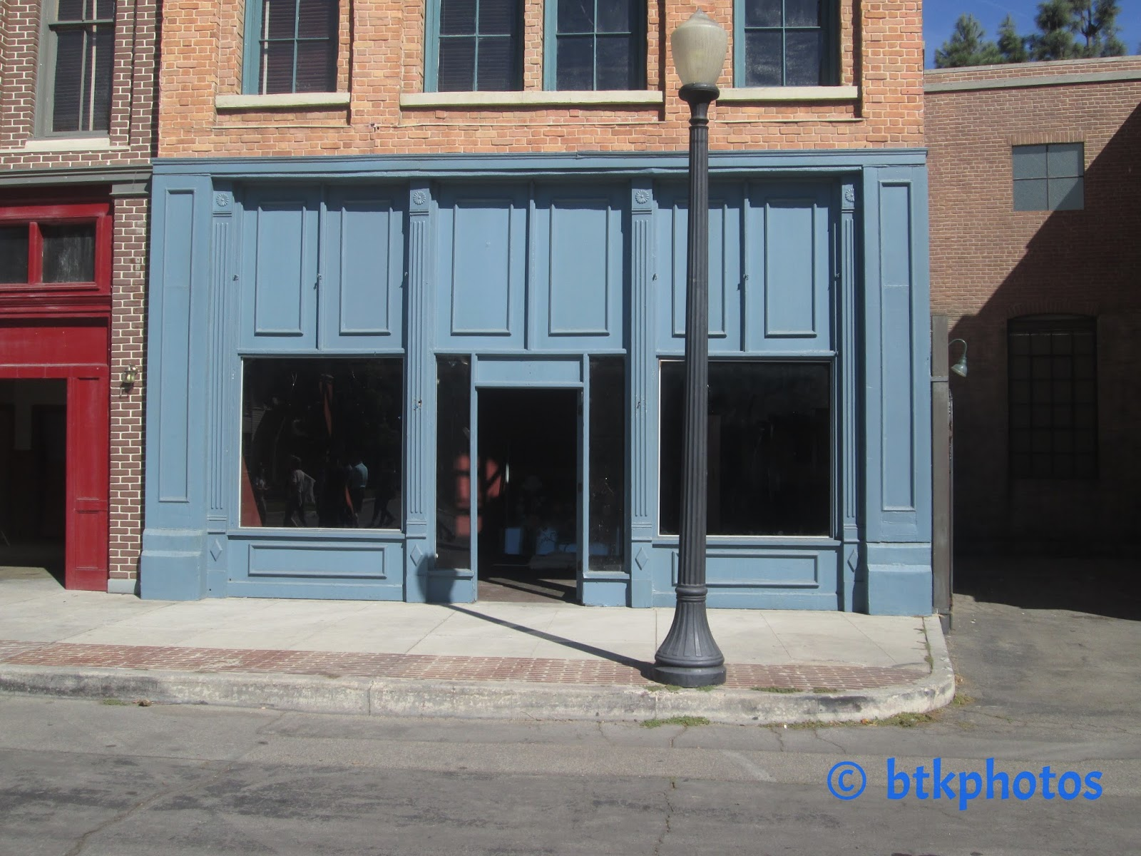 Filming Locations of Chicago and Los Angeles: Naked Gun 2 1/2