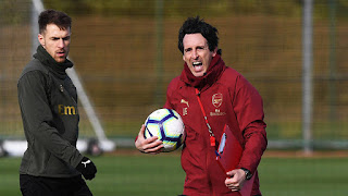 unai emery in training ahead of Man united game