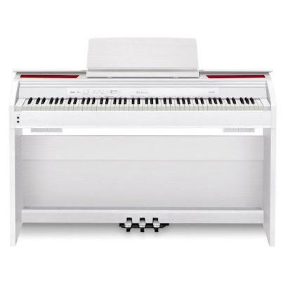 Tập đàn trên piano điện có ảnh hưởng đến ngón tay
