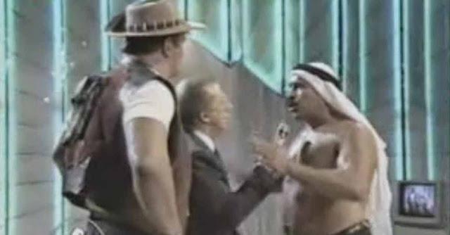 Mike Bongiorno viene colpito da Iron Sheik