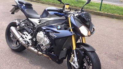BMW S 1000 R hd wallpaper 04