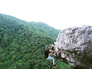 Exploring the beauty of Peak Gagoan Indonesia