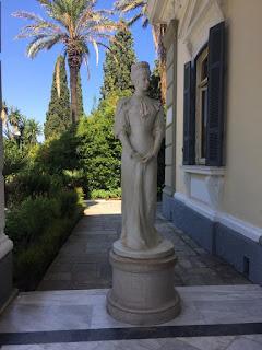 Статуя на принцеса Сиси