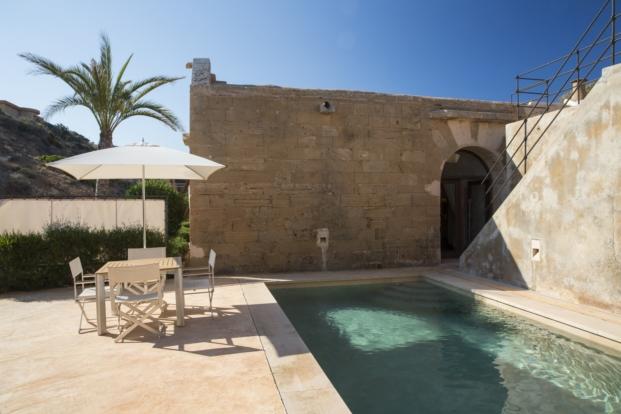 marzua el hotel cap rocat en mallorca una fortaleza nica en el mundo. Black Bedroom Furniture Sets. Home Design Ideas