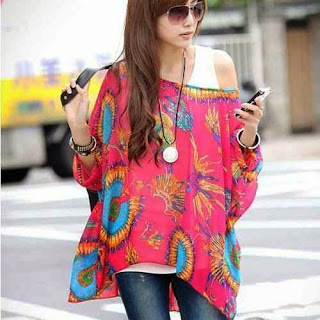 blusa colorida juvenil