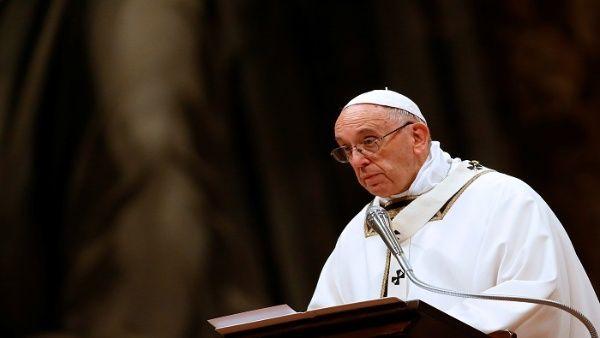 El papa recuerda a quienes huyen de sus tierras para sobrevivir