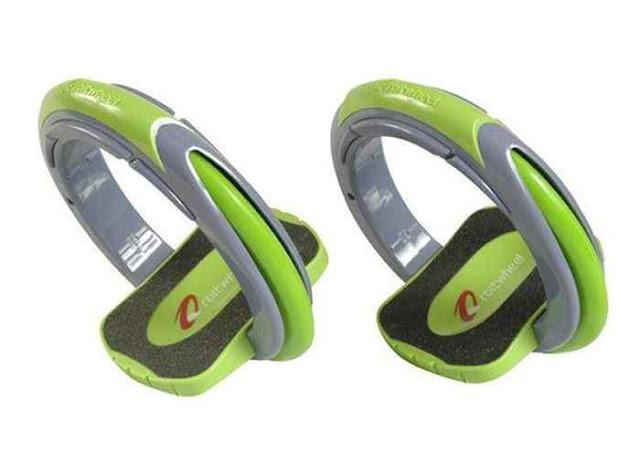 Anda pehobi olahraga skateboard ? cobalah untuk menggunakan desain teknologi skate terbaru ini. Didesain menyerupai cincin, lebih dinamis didesain tanpa papan.