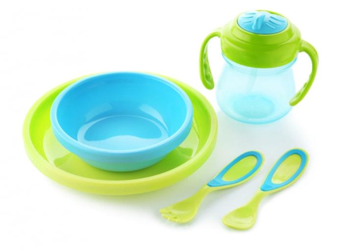 Nên chọn bộ đồ ăn dặm như thế nào cho con? - dụng cụ cần thiết cho bé ăn dặm kiểu nhật