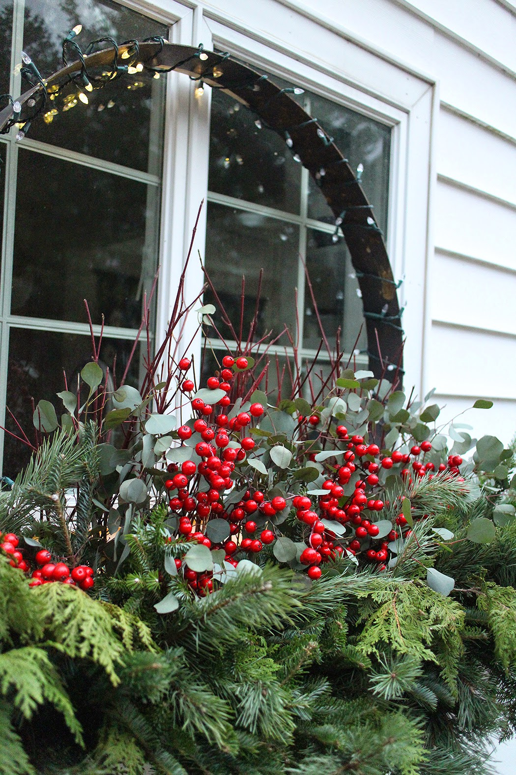 The Impatient Gardener: HOLIDAY CHEER FOR OUTSIDE