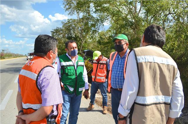 Supervisan acciones de conservación rutinaria en la red carretera federal de Yucatán