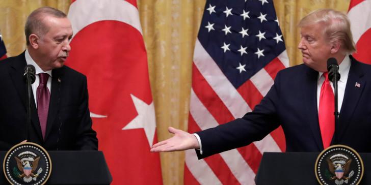 Η «ανίερη» σχέση μεταξύ του Τραμπ και του Σουλτάνου της Τουρκίας