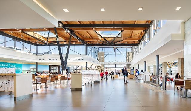Hillside Mall Centre em Victoria