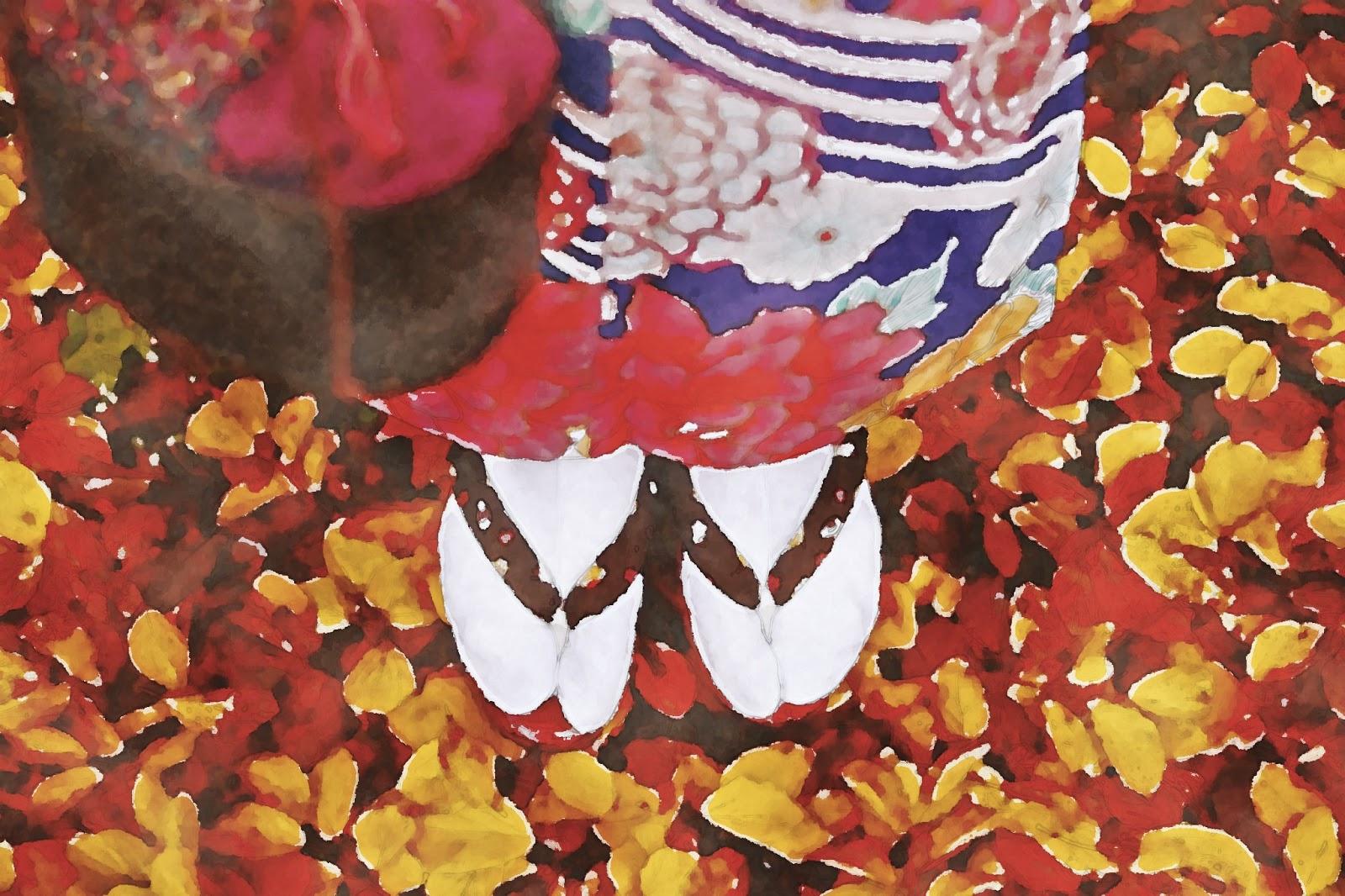 水彩画の着物を着た女性と落ち葉