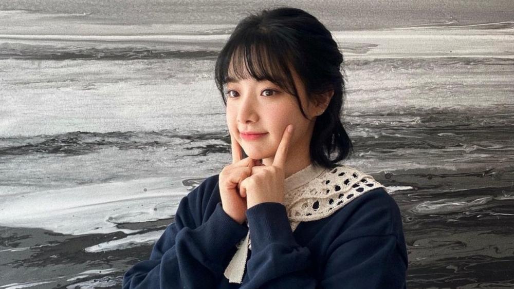 Ex-APRIL's Hyunjoo Sues DSP Media Staff Accusing Her of Lying