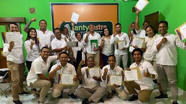 Santy Sastra Berbagi Ilmu Komunikasi dan Public Speaking Untuk Para Kader Gerindra Denpasar