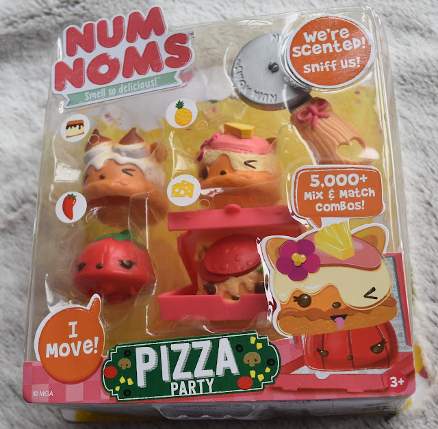 #MiniChefs with Num Noms