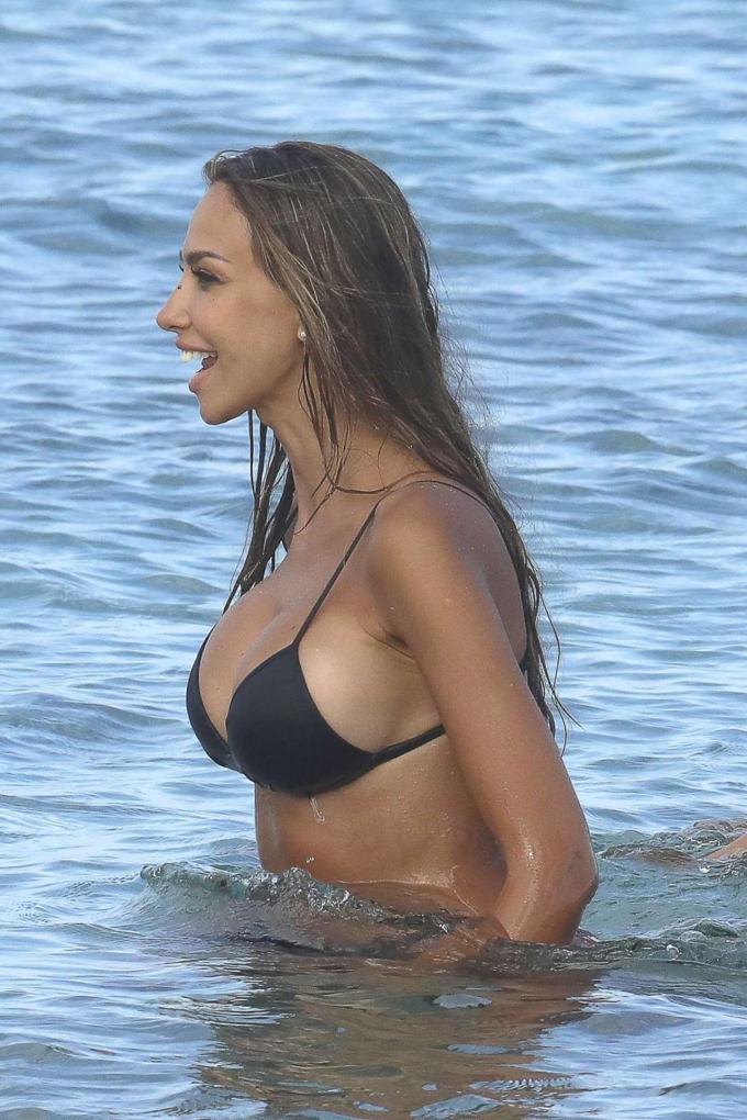 Madalina Ghenea Super Hot Stills