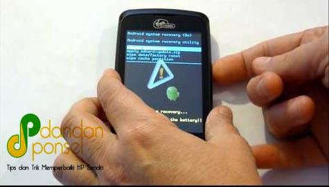 Mengatasi HP Android yang Restart Sendiri (Bootloop)
