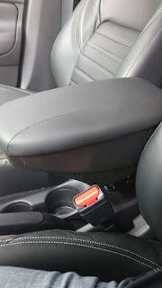 Instalação do cruise control (piloto automático) e descansa braço - Página 3 IMG_0157
