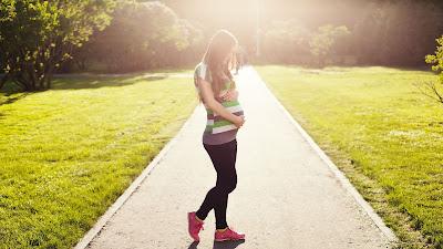 5 Macam Gerakan Senam untuk Ibu Hamil yang Aman