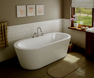 Stand-Alone-Bathtubs-With-Shower